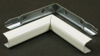WIREMOLD V517 : STEEL INTERNAL ELBOW 500 IVORY
