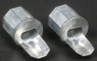 WIREMOLD 5782 : STEEL CONDUIT CONNECTOR 1/2 IN.