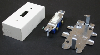 WIREMOLD V57240 : STEEL SINGLE POLE SWITCH & BOX IVORY