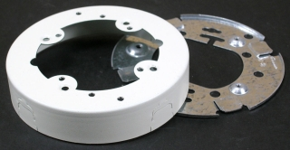 WIREMOLD V5737 : STEEL EXTERIOR BOX OPEN BASE IVORY